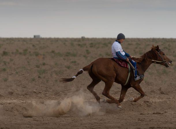 Horse race Kazakhstan