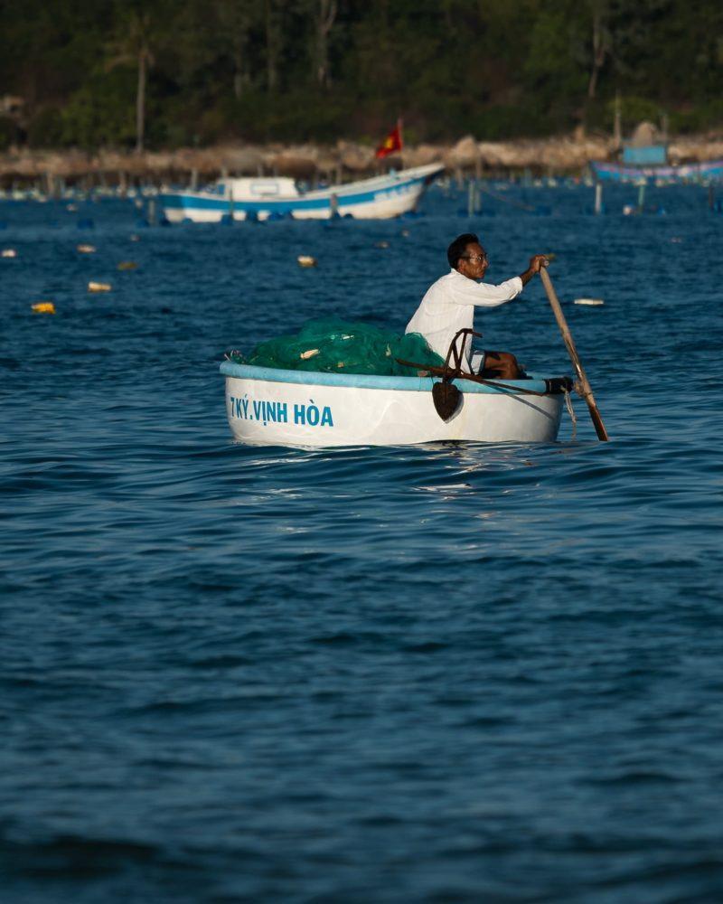 vietnamese basket boat