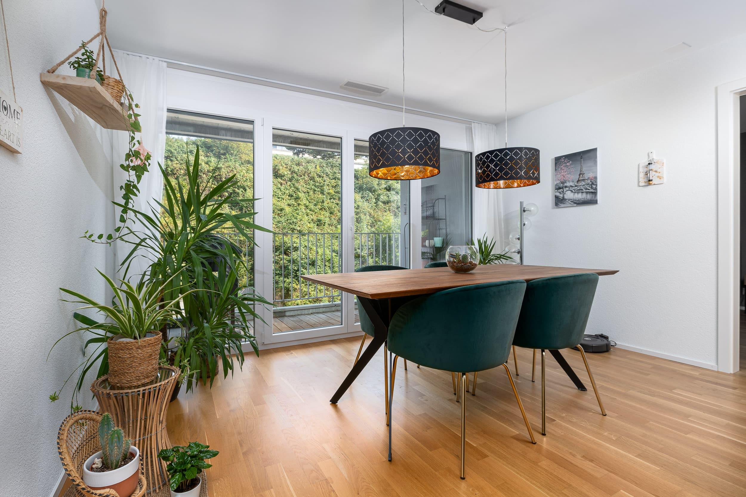 Neubauwohnung Sommerrain Ostermundigen - Essbereich & Balkon